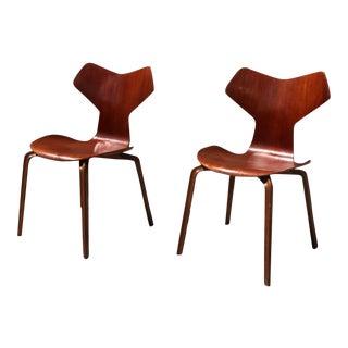 Arne Jacobsen for Fritz Hansen Grand Prix Chairs - A Pair