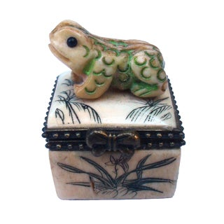 Japanese Carved Bone Frog Box