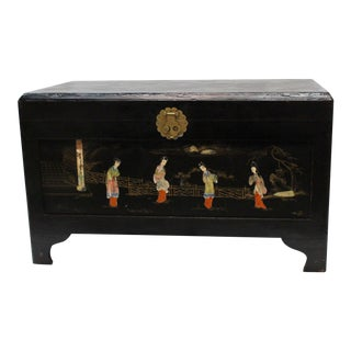 Vintage Chinese Decorated Lacquered Trunk
