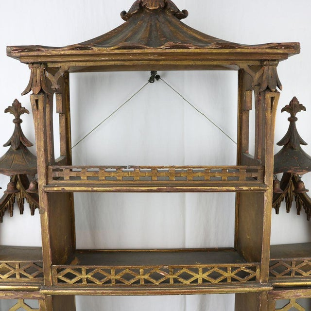 Chinese Chippendale Hanging Pagoda Wall Shelf - Image 5 of 11