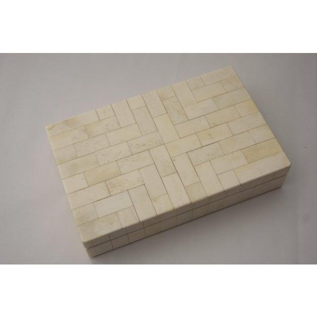 Tessellated Bone Trinket Box - Image 3 of 11