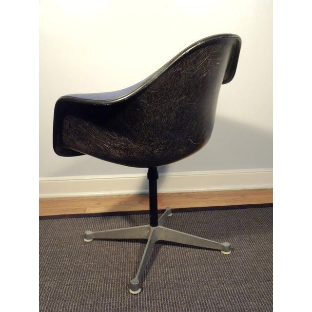 Herman Miller Mid-Century Shell Chairs - A Pair - Image 7 of 7
