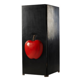 2 Panel Black Lacquer Screen with Red Lacquer Apple