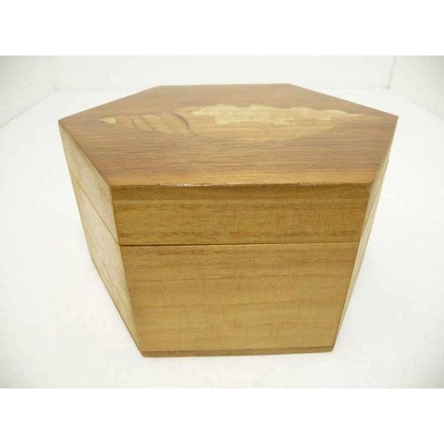 Vintage Hexagon Sea Shell Marquetry Inlay Wood Keepsake Box - Italy - Image 4 of 7