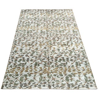 Martha Stewart Abstract Trellis Wool Rug- 5′11″ × 9′1″