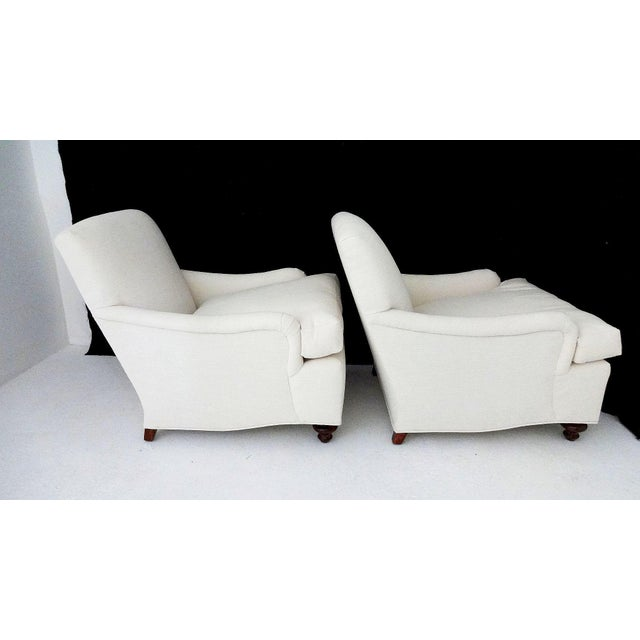 English Country House Style Club Chairs - A Pair - Image 4 of 6
