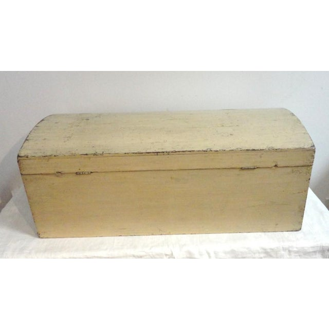 19th Century Original Cream Painted Dome Top Trunk from New England - Image 4 of 7