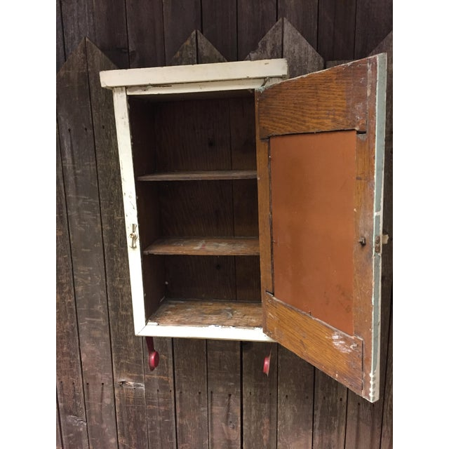 Vintage Cottage Chic White Mirrored Medicine Cabinet - Image 10 of 11