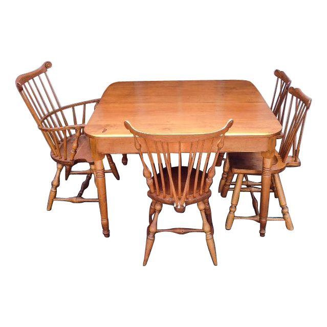 Early American Maple Dining Room Set | Chairish