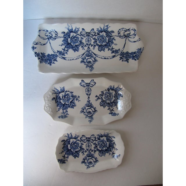 Rose Blue & White Plates - Set of 3 - Image 3 of 7