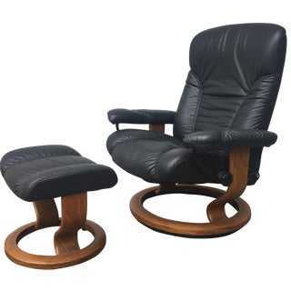 Ekorne Black Lounger & Ottoman with Teak