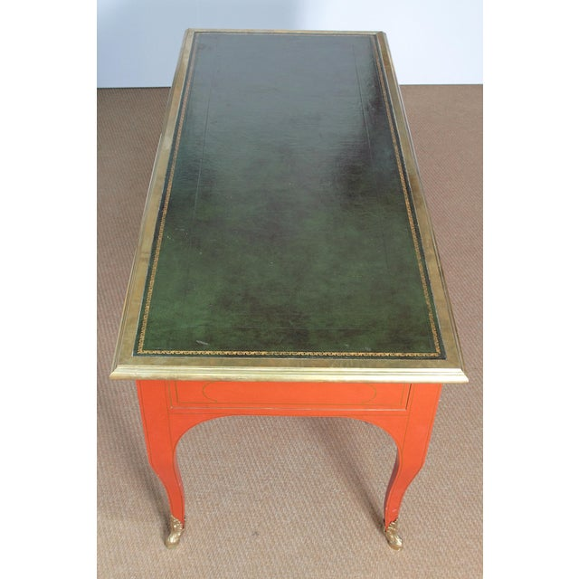 BAKER & COMPANY COLLECTORS EDITION LOUIS XV STYLE PAINTED BUREAU PLAT - Image 4 of 10