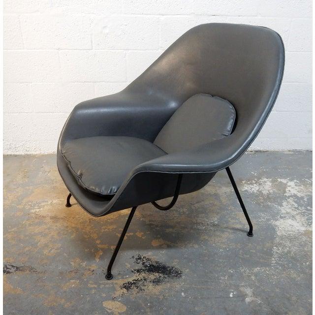 Image of Original Eero Saarinen Gray Womb Chair