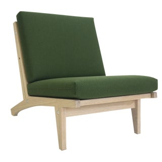 Hans Wegner Mid-Century Modern Chair GE-370