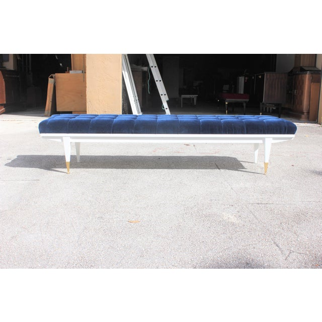 French Art Deco Snow White Lacquered Long Sitting Bench, circa 1940s. - Image 5 of 11