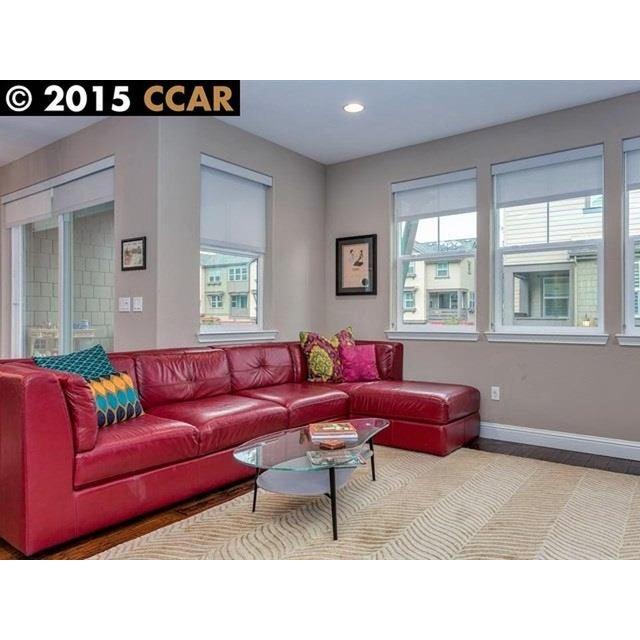 Red Designer Leather Sofa - Image 4 of 4