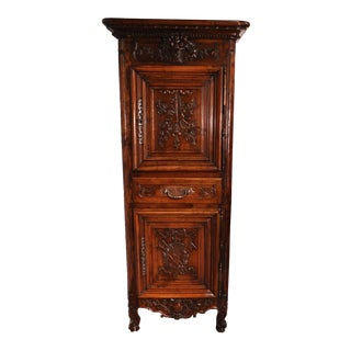 19th Century Louis XV French Carved Walnut Homme-Debout Cabinet