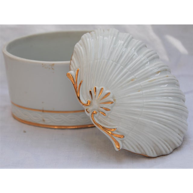 Vintage White and Gold Porcelain Box With Seashell Lid - Image 8 of 9
