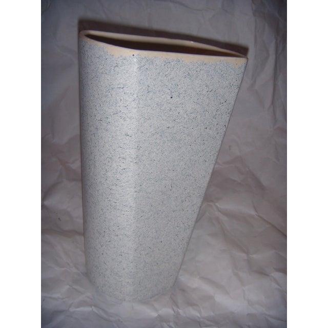 Mid-Century Shaunee USA Pottery Vase - Image 4 of 6
