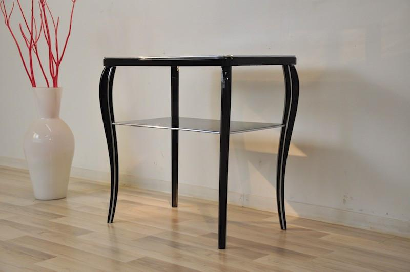 Black Lacquered French Art Deco Side Table   Image 2 Of 2