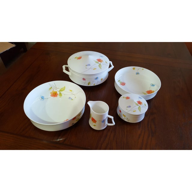 "Mikasa ""Just Flowers"" Dinnerware Set - Image 6 of 11"