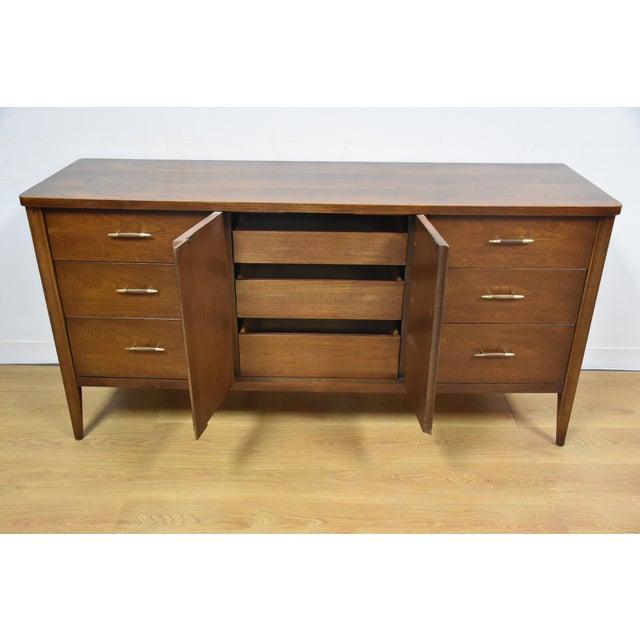 Broyhill Saga Star Studded Dresser - Image 6 of 11