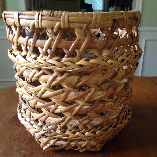 Large Vintage Rattan Planter Basket - Image 8 of 11