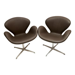 Arne Jacobsen for Fritz Hansen Swivel Swan Chairs - A Pair