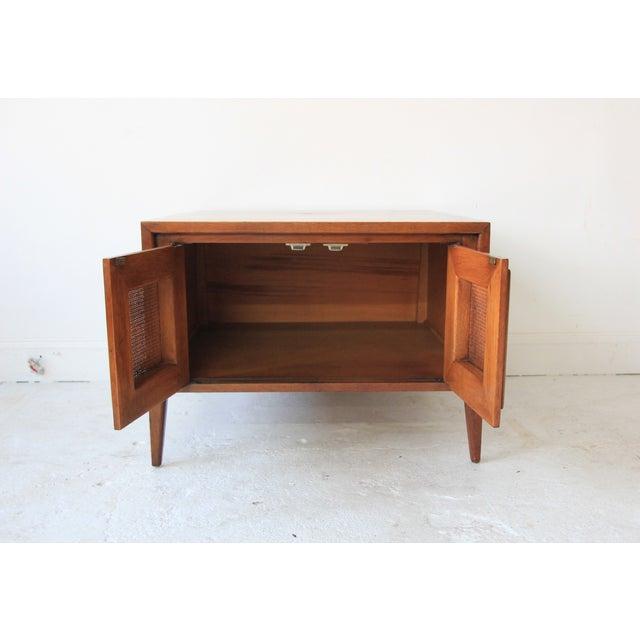 Vintage Mid Century Modern End Table - Image 2 of 6