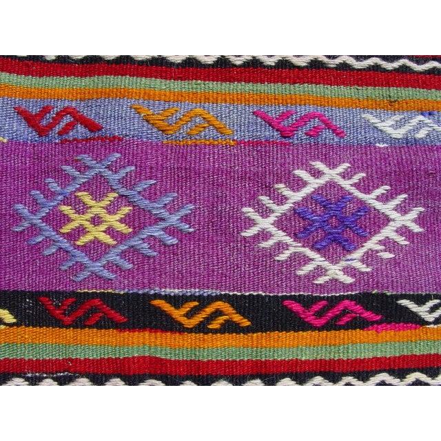 "Vintage Handwoven Turkish Kilim Rug - 5'11"" x 9'6"" - Image 8 of 11"