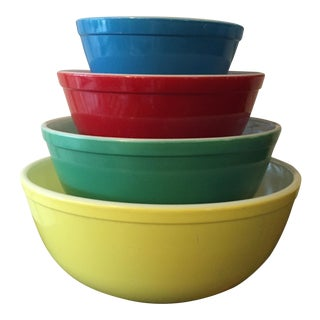 1950s Vintage Pyrex Primary Color Bowls - Set of 4