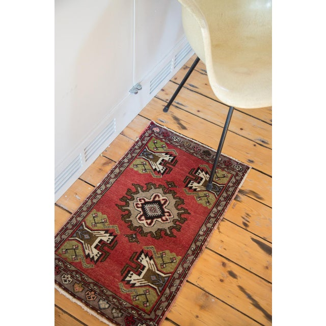"Vintage Oushak Red Rug Mat - 1'7"" X 2'8"" - Image 4 of 7"