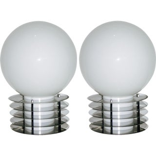 1960s Italian Pair of Modern Double-Lighted White Glass and Chrome Table Lamps
