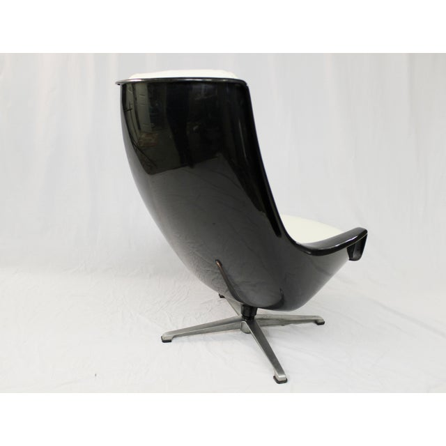Mid-Century Molded Resin Plastic Chair - Image 6 of 8