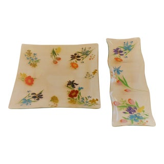 Dorothy Thorpe Glass Serving Trays - A Pair