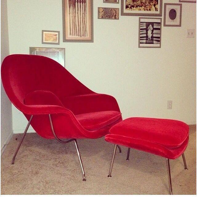 Saarinen Vintage Red Womb Chair & Ottoman - Image 4 of 4