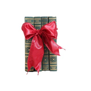 Vintage Book Gift Set: Green British Classics - Set of 4