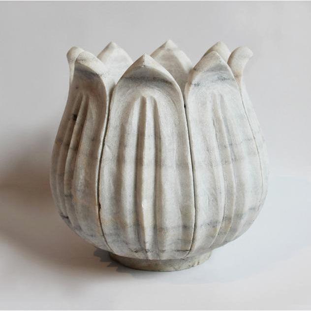 Large White Marble Tulip Pot - Image 2 of 3