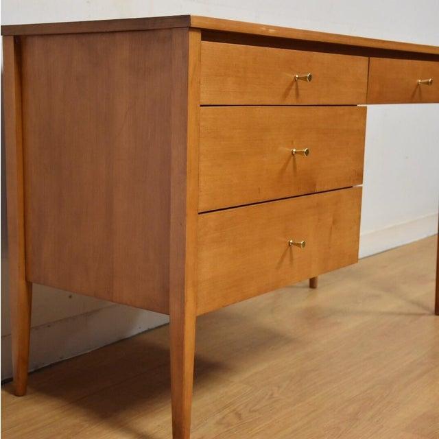 Paul McCobb Planner Group Maple Desk - Image 3 of 10