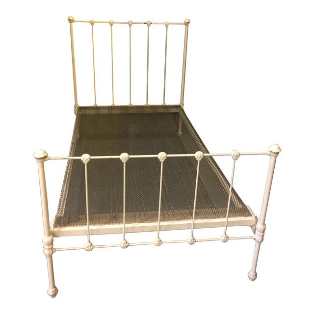 1904 Antique Victorian Brass & Iron White Bed - Image 1 of 11