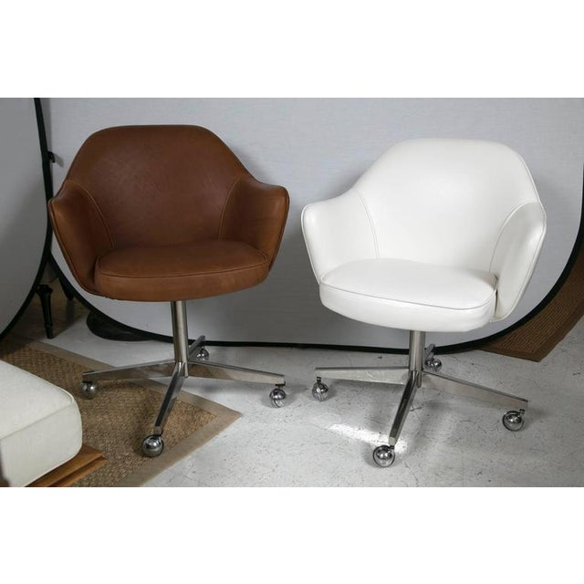 Knoll Desk Chair in White Leather - Image 7 of 7