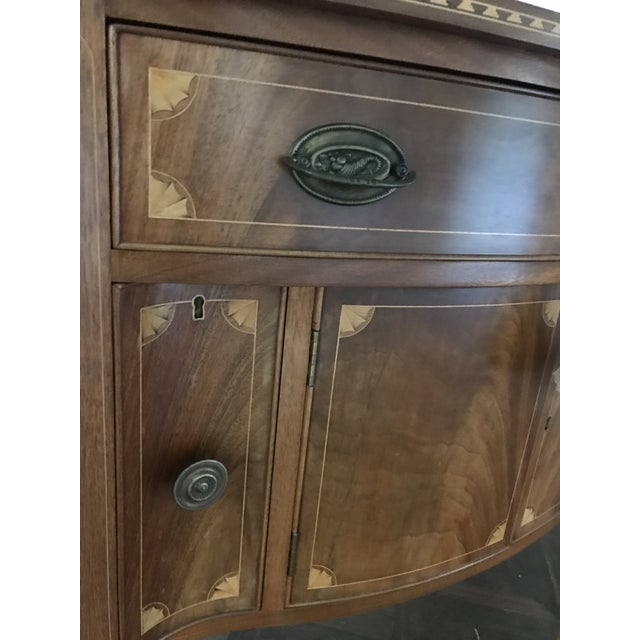 American Classical Vintage China Cabinet / Sideboard - Image 6 of 8