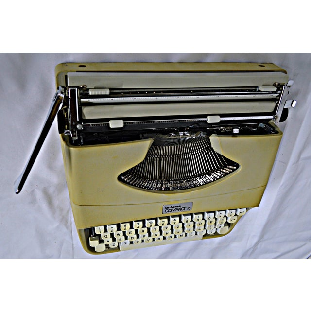 Italian Typewriter With Portable Case - Image 7 of 10