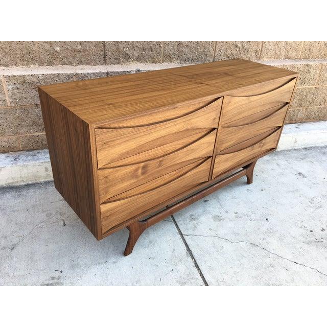 Mid-Century-Style Danish Modern Dresser - Image 5 of 5