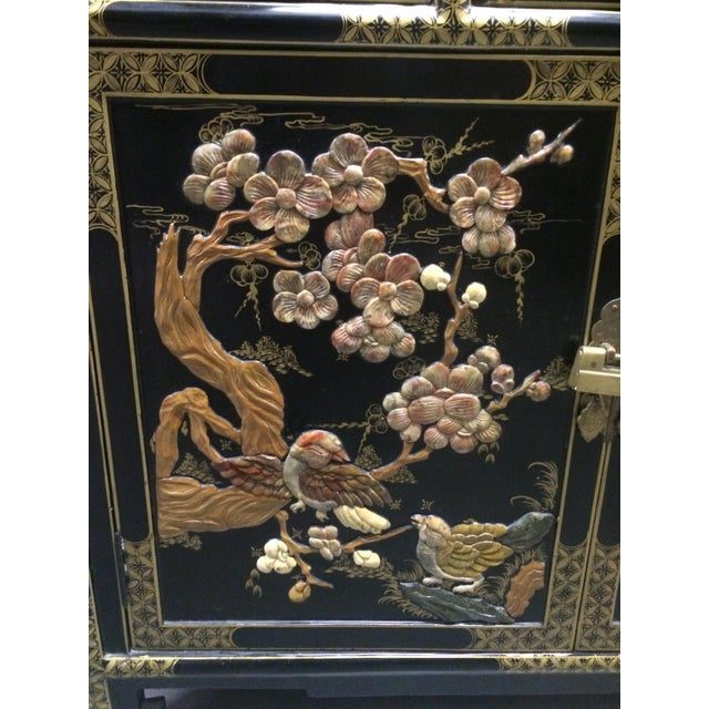 Asian Black Lacquer Cabinet With Shelves - Image 5 of 11