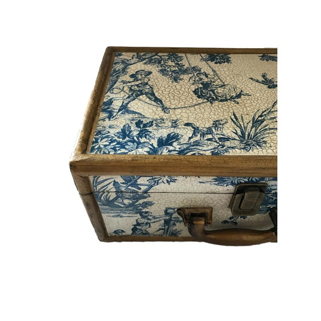 Antique Blue & White Toile Box - Image 6 of 9