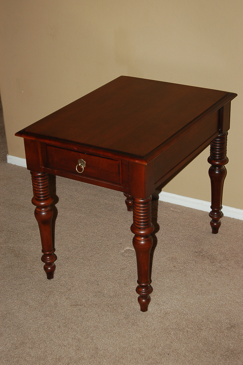 Ethan Allen British Classics Mitchell End Table