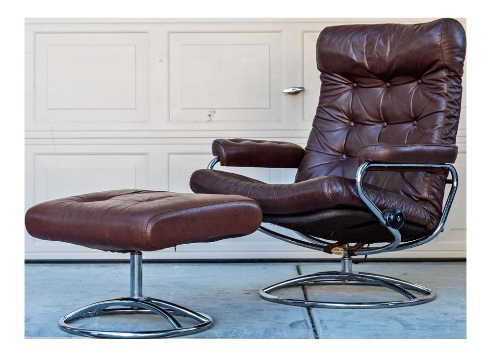Ekornes Scandinavian Reclining Lounge Chair u0026 Ottoman  sc 1 st  Chairish & Vintage u0026 Used Scandinavian Modern Club Chairs | Chairish islam-shia.org