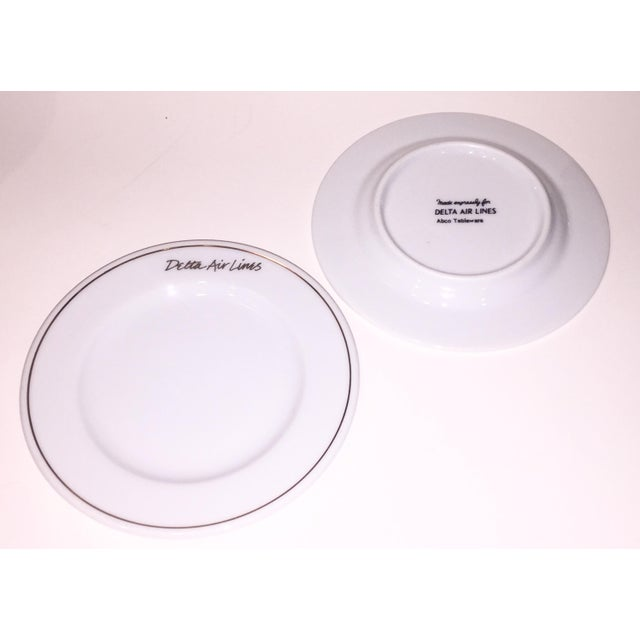 Gold Rim Delta Air Lines Plates - Set of 12 - Image 3 of 4