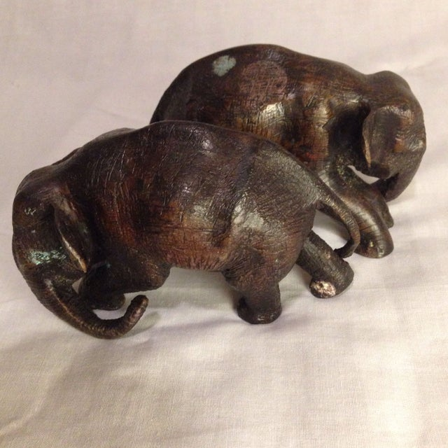 Antique Bowing Elephants - A Pair - Image 2 of 8